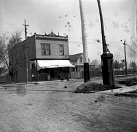 H. M. Newcomb Grocery, Ridgeland & Chicago Ave., 1903